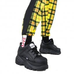 Chaussures plateforme Buffalo Classic Low noir