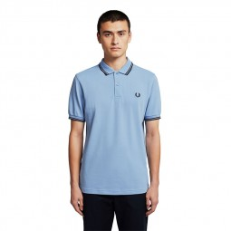 Polo Fred Perry M3600 bleu ciel / bordeaux / marine