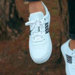 Chaussures N'go Tra Su blanches