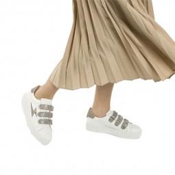 Chaussures Vanessa Wu blanches eclair argenté