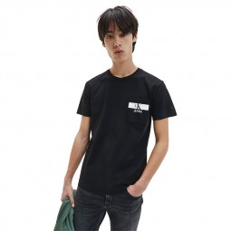 T-Shirt à poche Calvin Klein noir