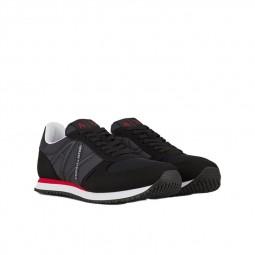 Chaussures Armani Exchange Sneakers noir XUX017